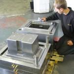 Large battery box tool